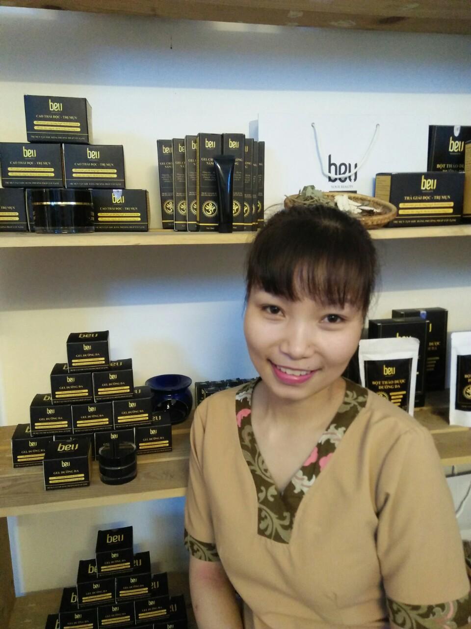Hành trình trị mụn, trẻ hoá làn da của bạn Trần Huê